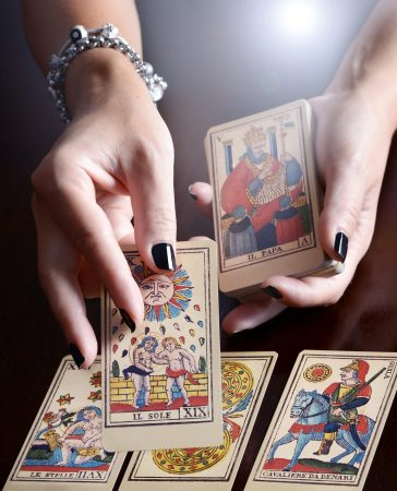 How to do a distance tarot reading